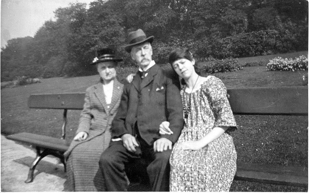 Celia, aged 16 with her parents