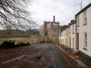 4 The_old_Gilford_Linen_Mill_-_geograph.org.uk_-_614135